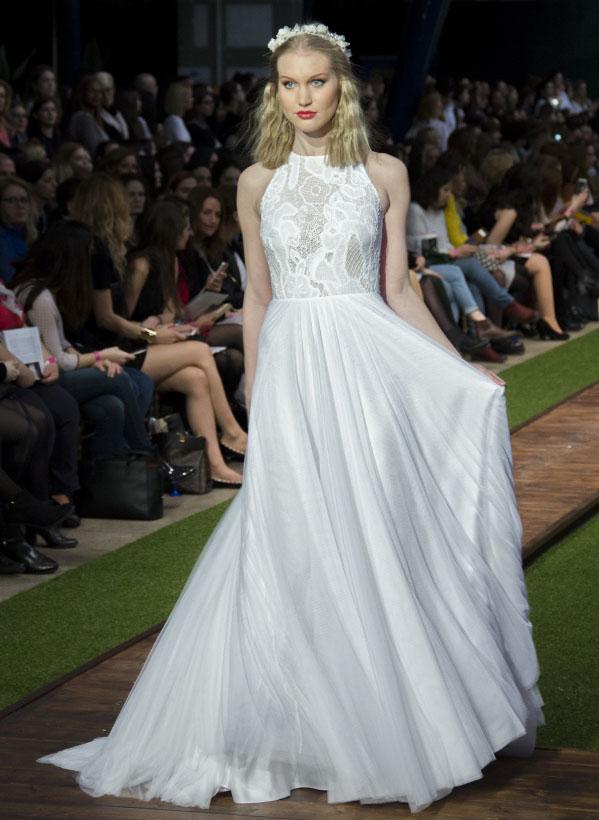 13_dalaarna_menyasszonyi ruha