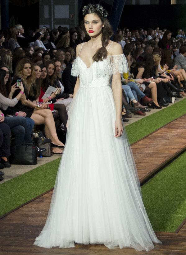 16_dalaarna_menyasszonyi ruha
