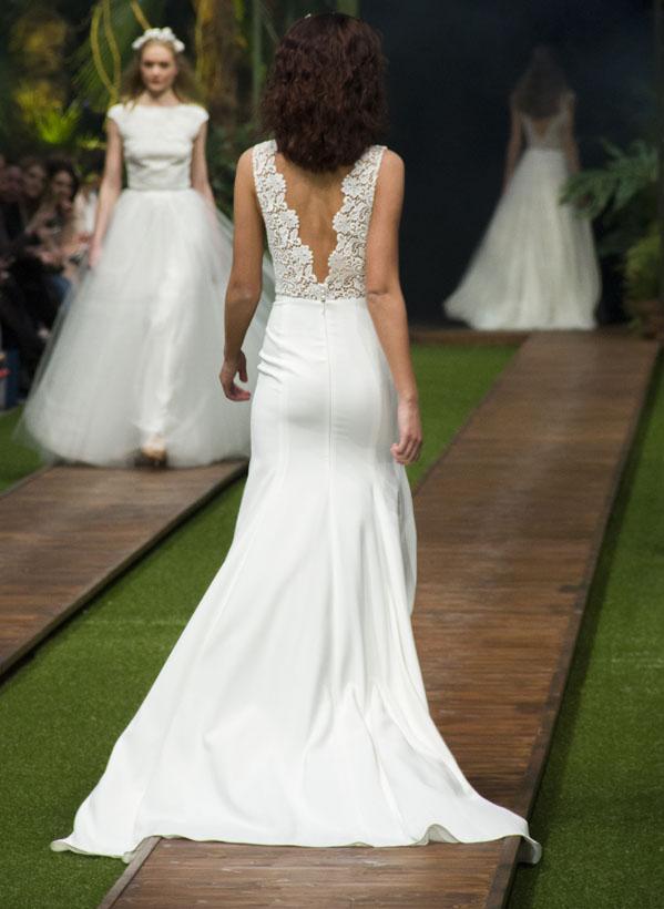 17_dalaarna_menyasszonyi ruha