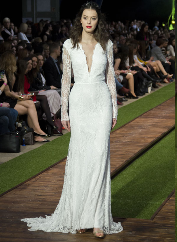 18_dalaarna_menyasszonyi ruha