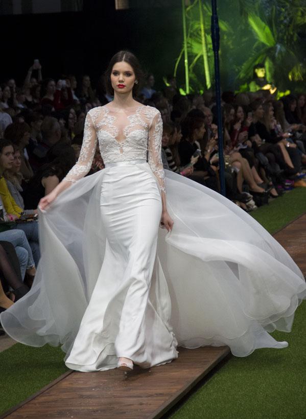 23_dalaarna_menyasszonyi ruha
