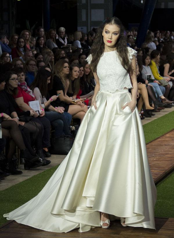 26_dalaarna_menyasszonyi ruha